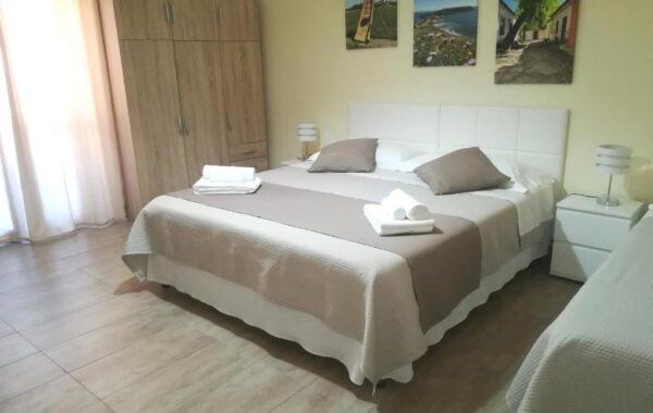 "Room 2 ""La Bella di Cabras"""